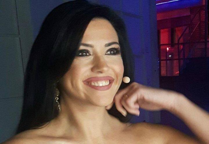 Claudia Ruggeri Calendario.Claudia Ruggeri Umani La Miss Di Avanti Un Altro