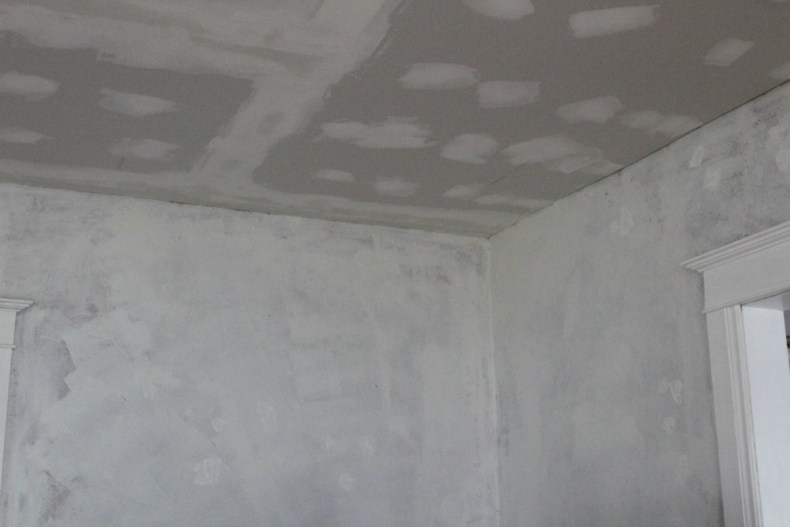 Repairing ceiling and walls-living room