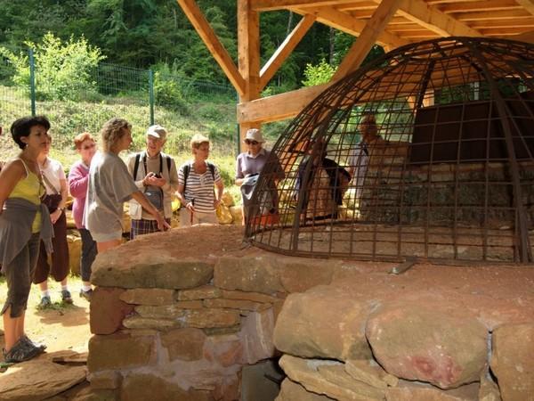 """Résultat de recherche d'images pour """"L'atelier verrier forestier de Salines à Sougraigne"""""""