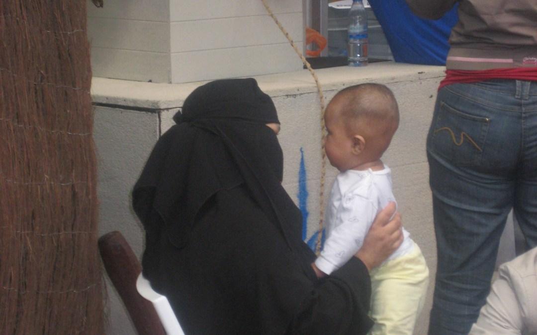 Soll Burka oder Niqab verboten werden?