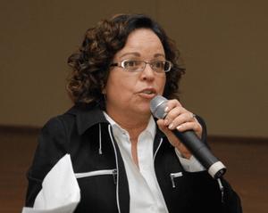 Lenaura Lobato: 'É difícil criar estrutura de renda básica eficiente sem uma concepção de política social ampliada'