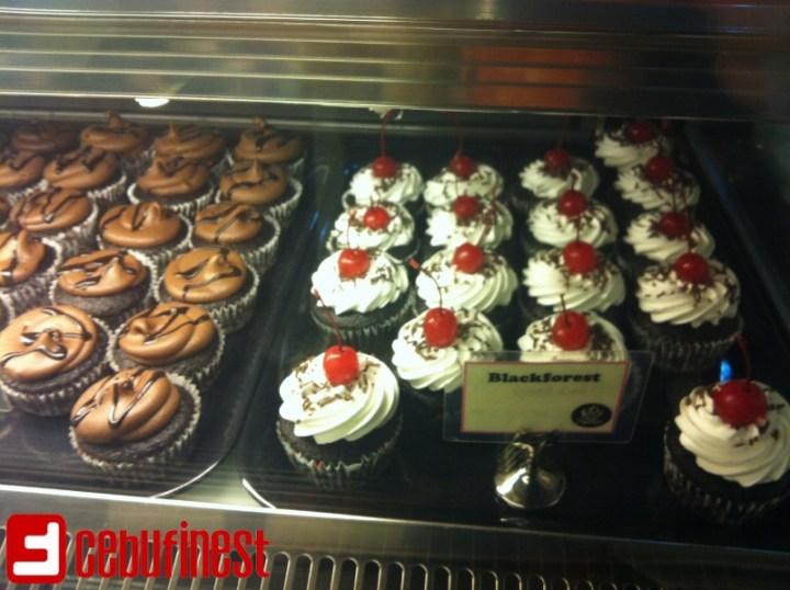Eatin' at Cupcaken | Cebu Finest