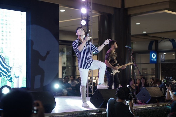 Matteo Guidicelli picks his one sleeping partner, sings live in Cebu for Uratex | Cebu Finest
