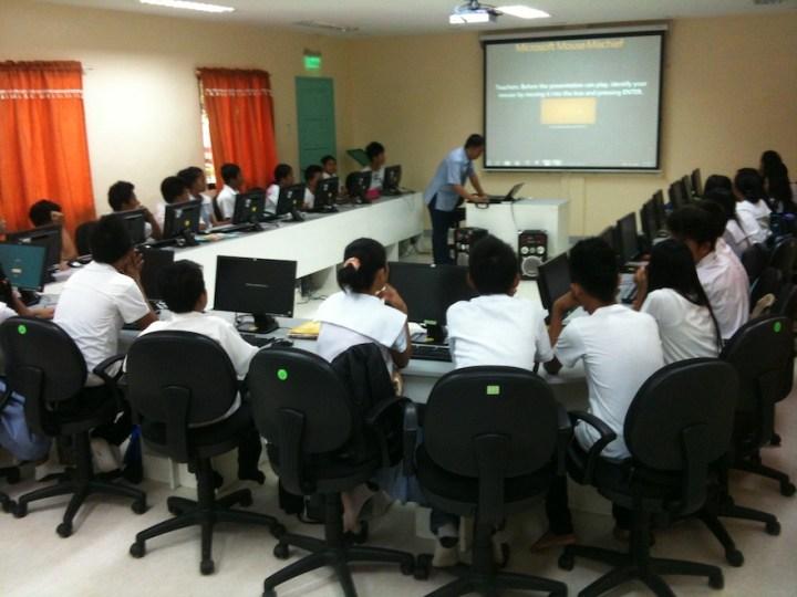 UN research body cites Globe's GFS program on broadband connectivity for quality education   Cebu Finest
