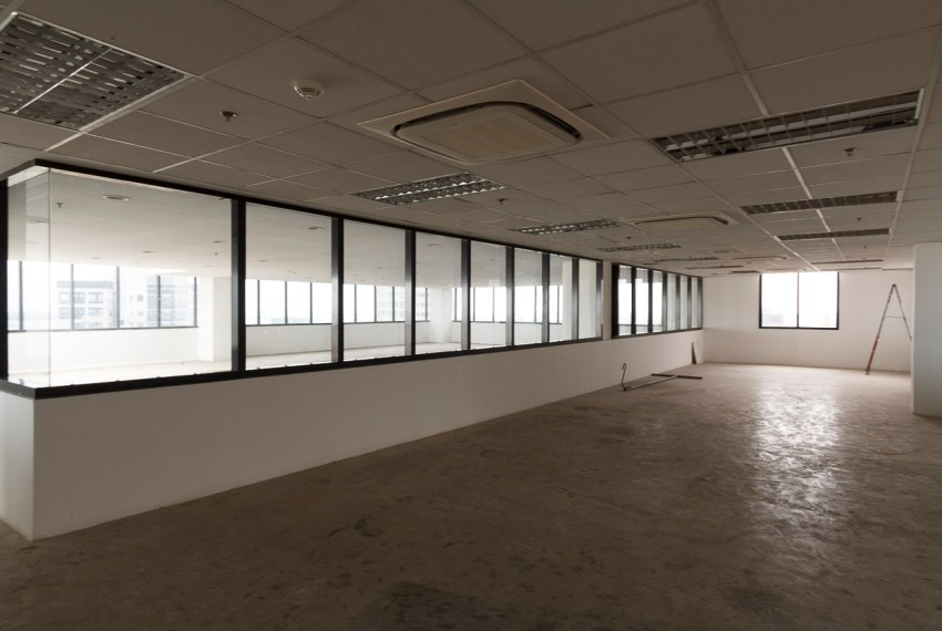 RCP148 185 SqM PEZA Office Space for Rent in Cebu Business Park