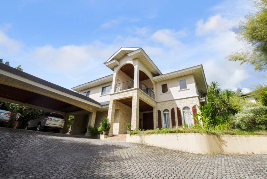 RHNT3 5 Bedroom House for Rent in North Town Homes Cebu Grand Re