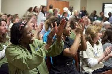 cecas-program-the-ceca-award-clapping