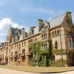 universitas terbaik di Inggris