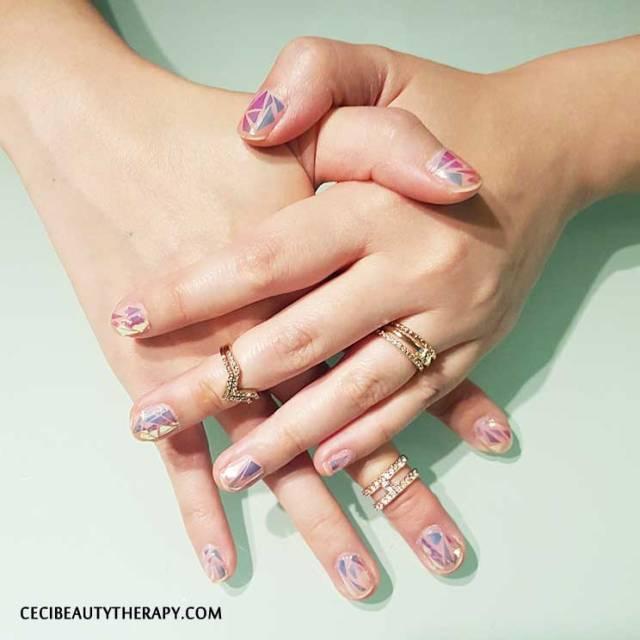 DIY Shattered Glass Nail Mani (2)