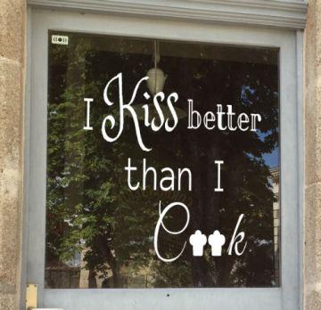 raamtekenening Keuken quote Kiss