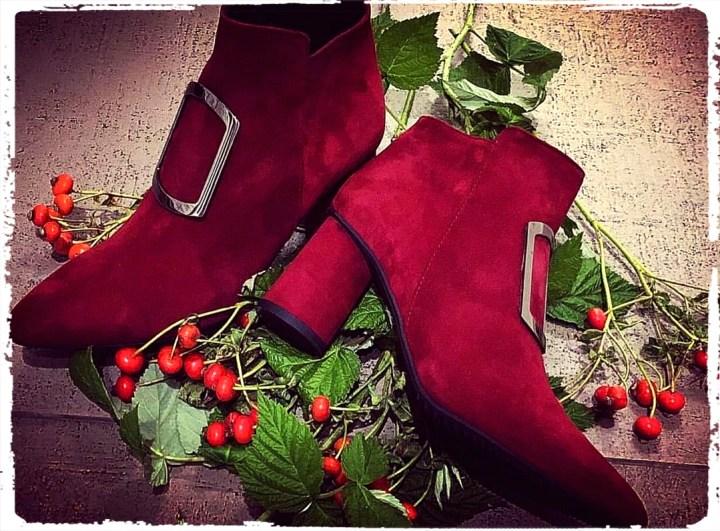 röda tomte skor.jpg