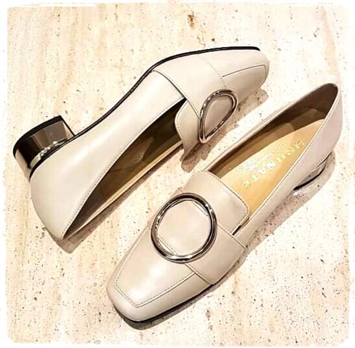 loafer beige.jpg
