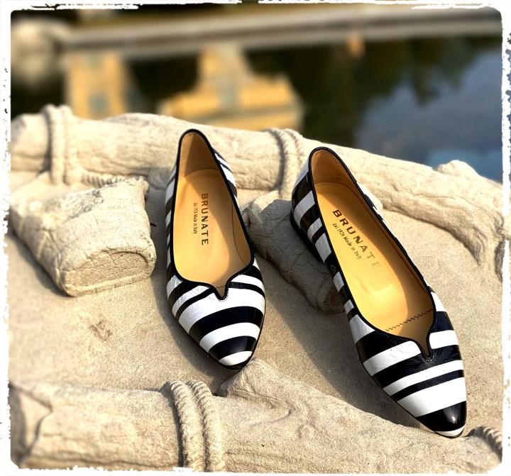 svartvita skor