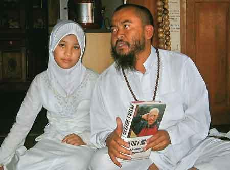 Ulfa (12yo) and Syeh Puji (43 yo)