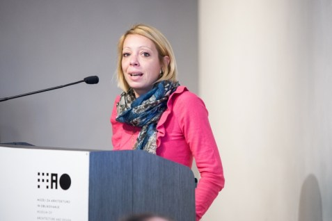 Sara Božanić (Inštitut za transmedijski dizajn)