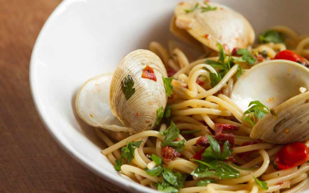 Blushing Spaghetti Vongole