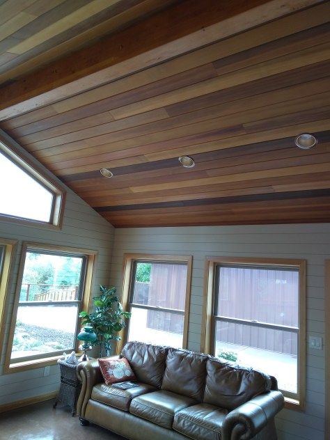 With all the natural color variations of Western Red Cedar, when installed on the ceiling brings warmth to any space