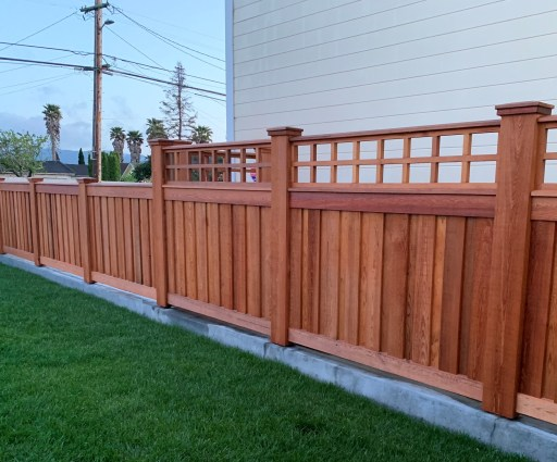A good neighbor fence created from our Clear C&Btr Western Red Cedar dimensional boards