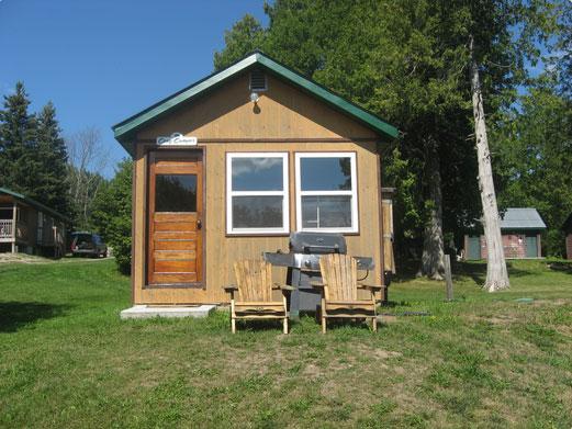 Cozy Camper cottage at Cedar Grove Camp