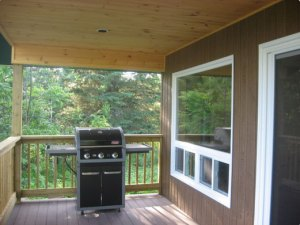Edwards Edge Cottage deck