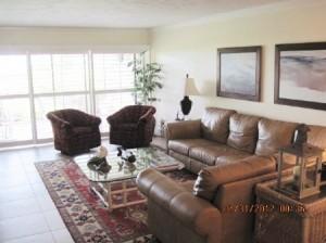 B-103-Living Room