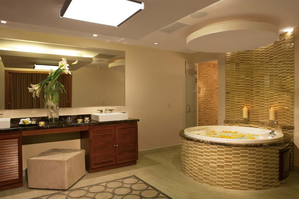 DRELM_Pres_suite_Bathroom_1A