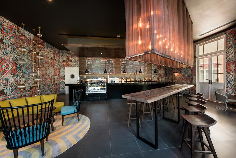 Nick-800px-PUJ-8-Doppio_Restaurant_NRPC_3