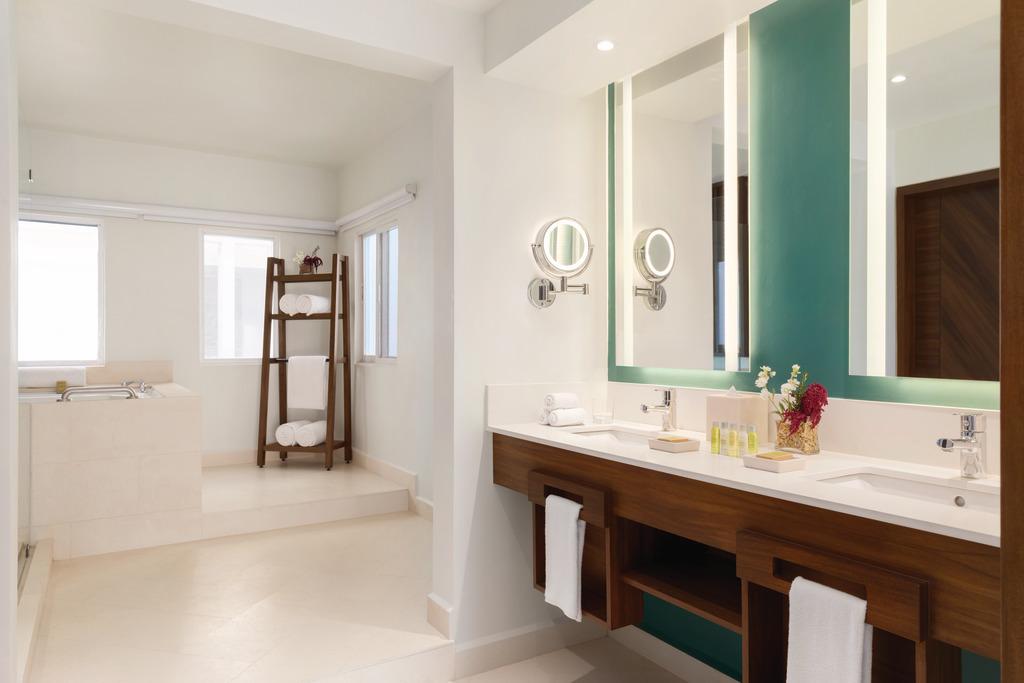 CZMPC_Presidential_Suite_Bathroom_1