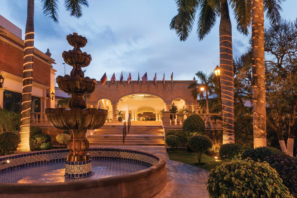 Hilton-Playa-Del-Carmen-Exterior