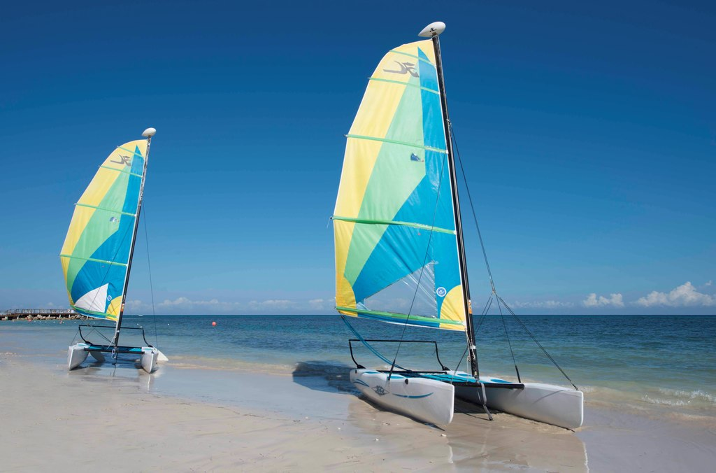 Hilton-Resort-&-Spa-Rose-Hall-Catamarans