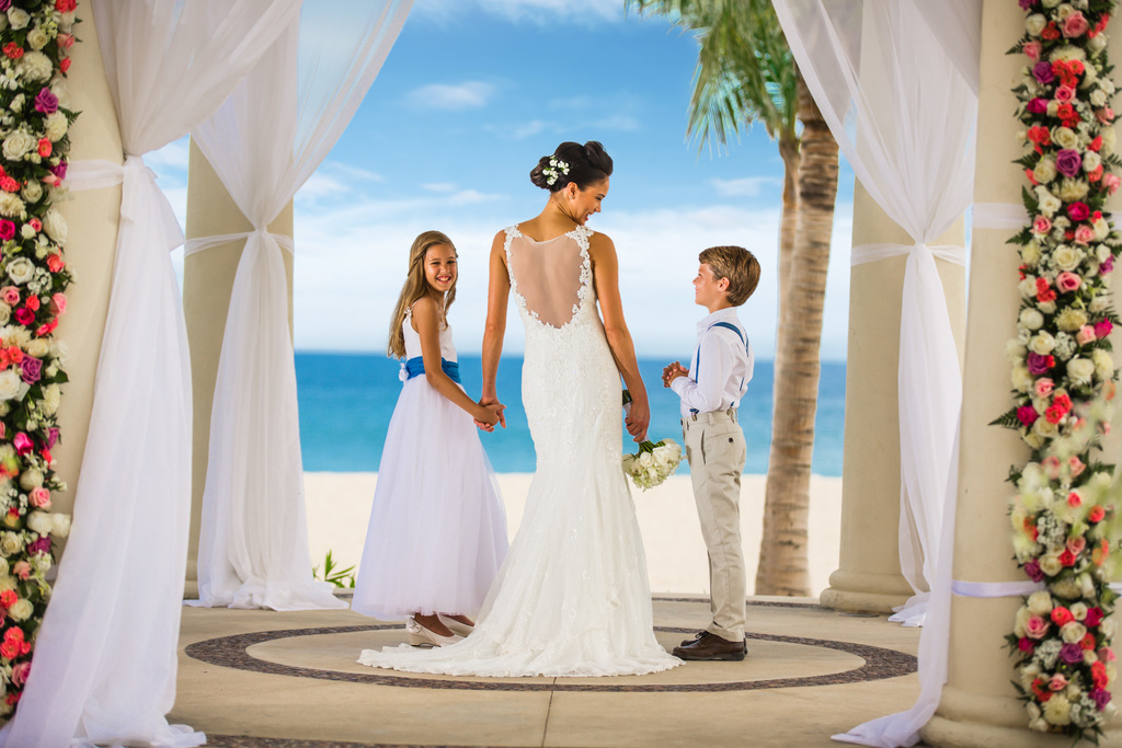 Hyatt-Ziva-Los-Cabos-Wedding-Gazebo-Bride-Flower-Gilr-Ring-Bearer
