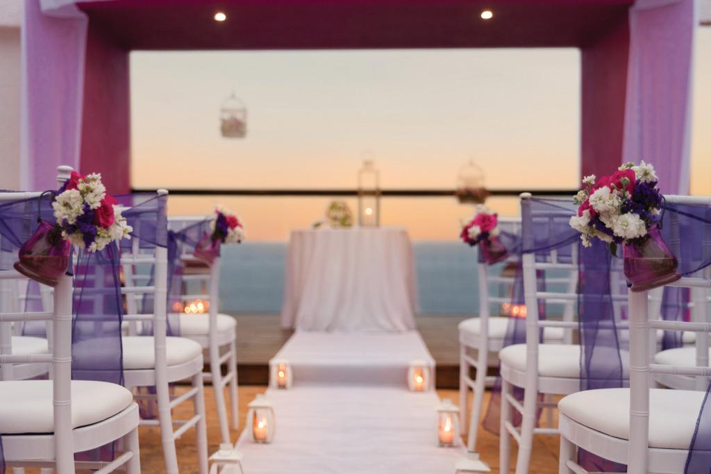 Hyatt-Ziva-Puerto-Vallarta-Sky-Deck-Wedding-Purple-Detailed