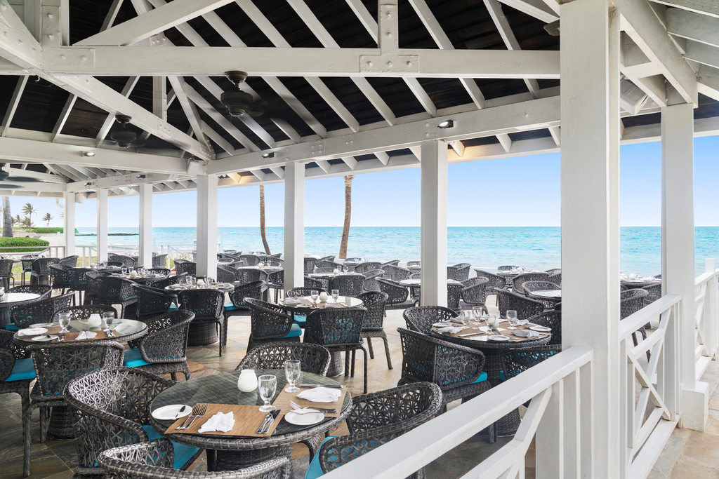 MBJRHHF_Seaside_Restaurant