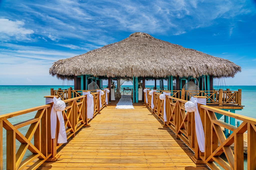 Sanctuary-Cap-Cana-Blue-Marlin-Wedding