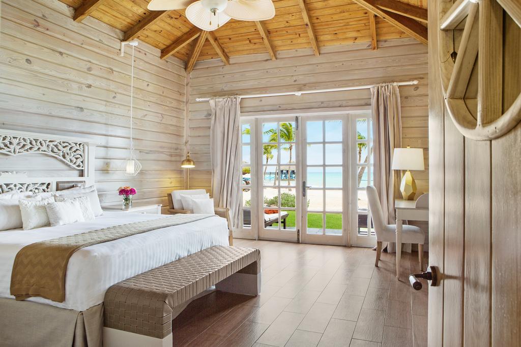 Sanctuary-Cap-Cana-Monarch-Villa-Bed