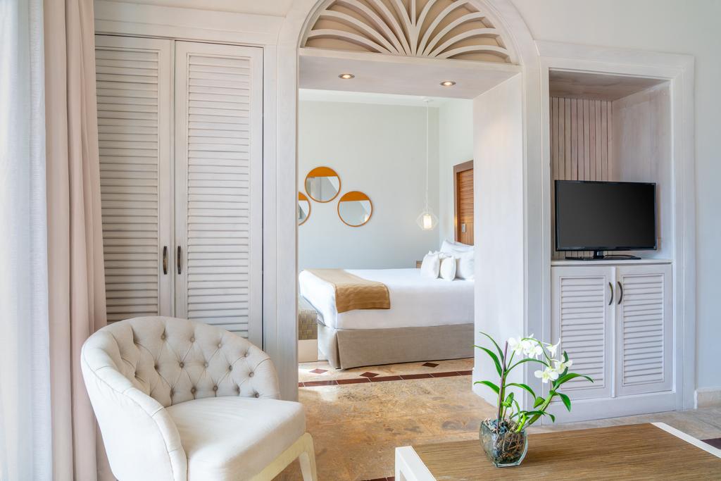 Sanctuary-Cap-Cana-Premium-Luxury-Jr-Suite-Ocean-View-room
