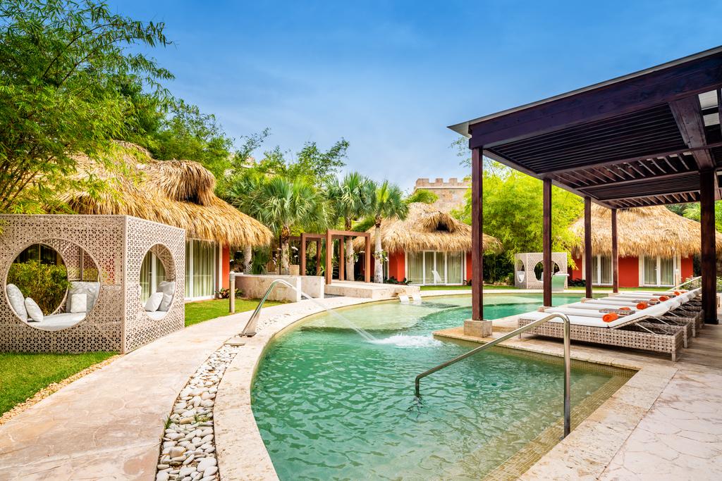 Sanctuary-Cap-Cana-Spa-Hydrotherapy-Pools.j