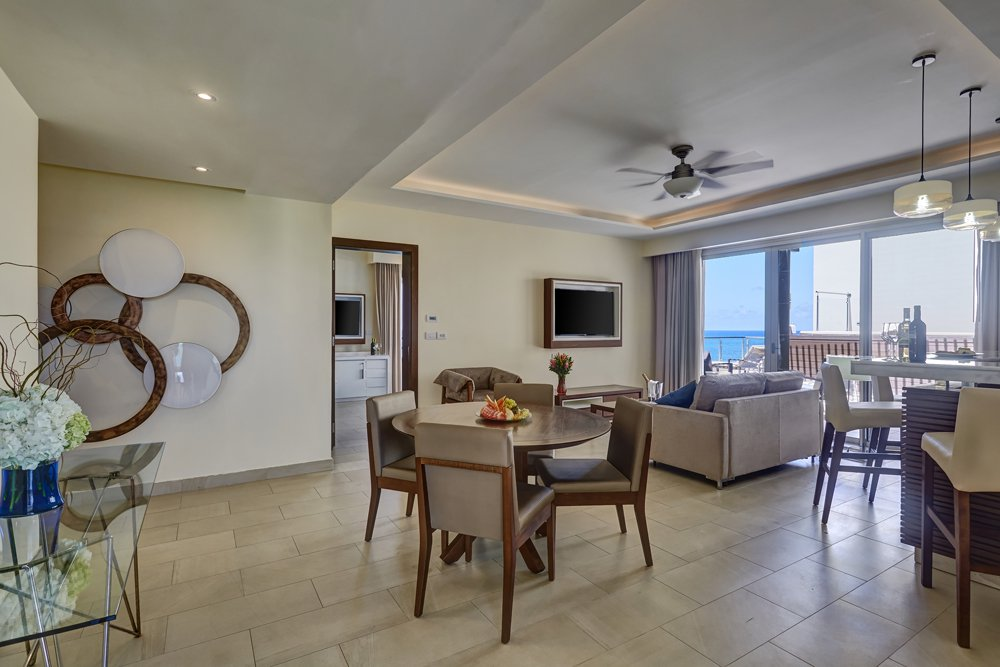 grand_lido_luxury_penthouse_one_bedroom_suite_oceanview_(1)