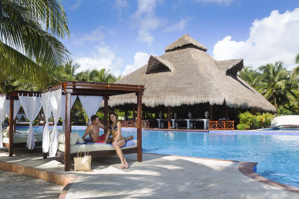 El Dorado Royale Couple-LaIsla-Pool