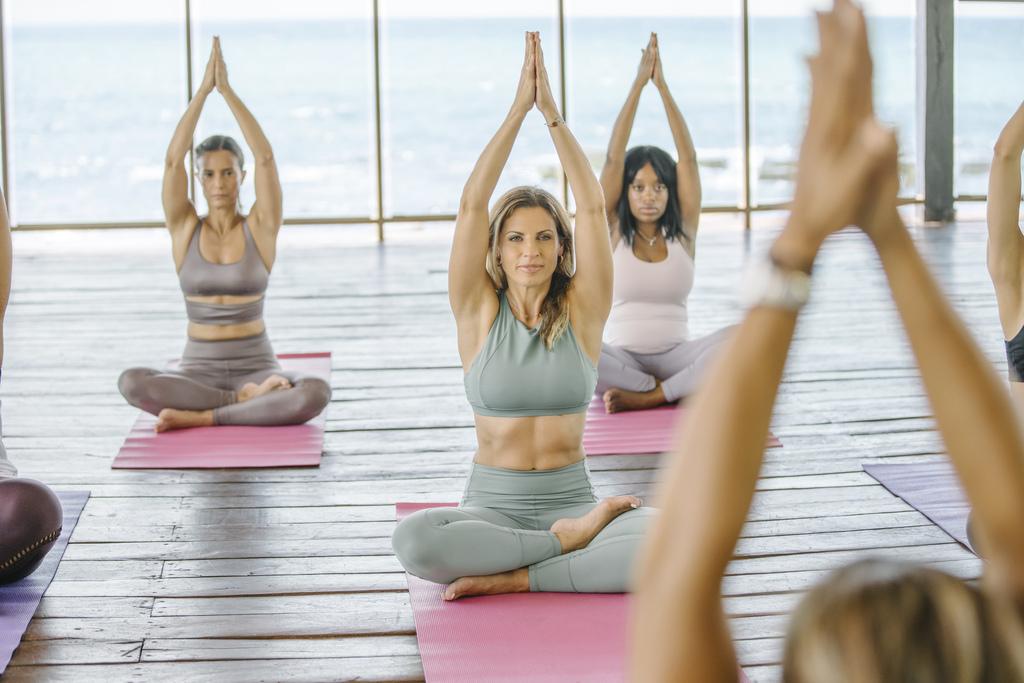 Yoga29 – Generations-RM