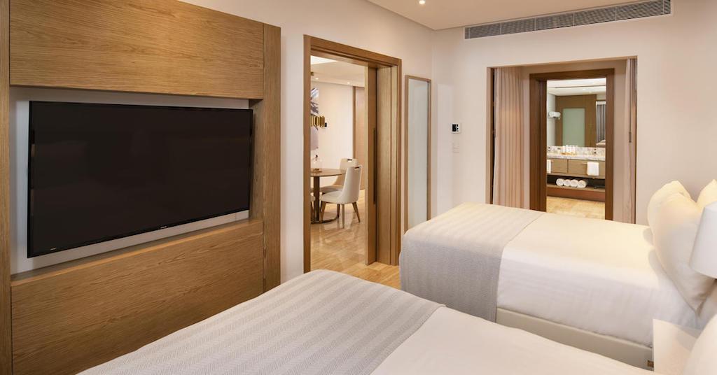 10551aGrandReserveAtParadisusPalmaReall-One_Bedroom_Suite_bedroom(2)