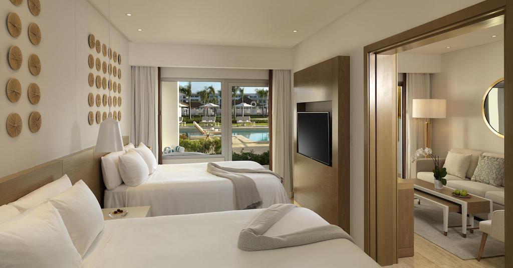 12211GrandReserveAtParadisusPalmaReall-One_Bedroom_Swim_Up_Suite