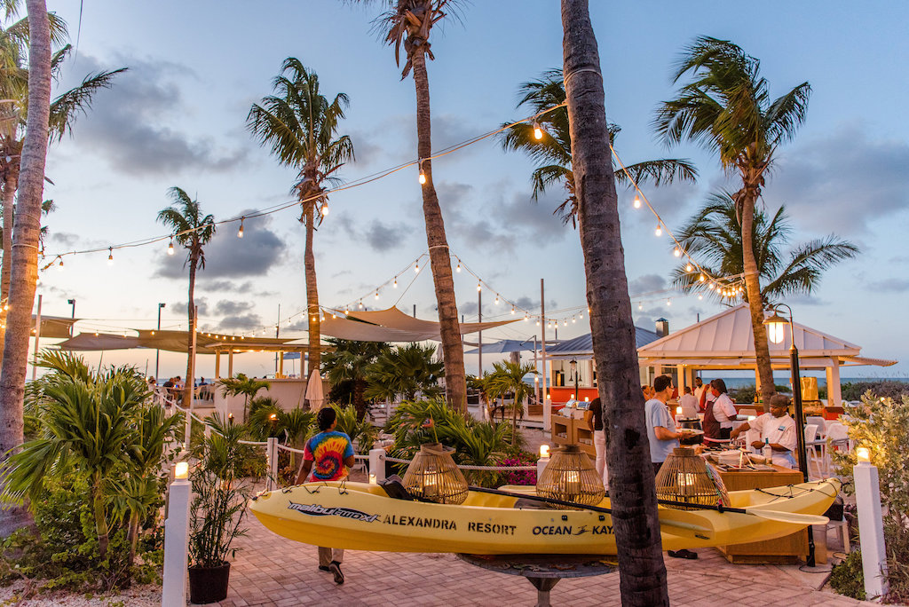 ALEXANDRIA TURKS AND CAICOS-FAMILY-DINING-JJ