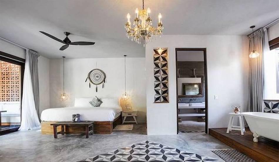rr-sanara-tulum-beach-master-beachvilla_main_bedroom_enhanced