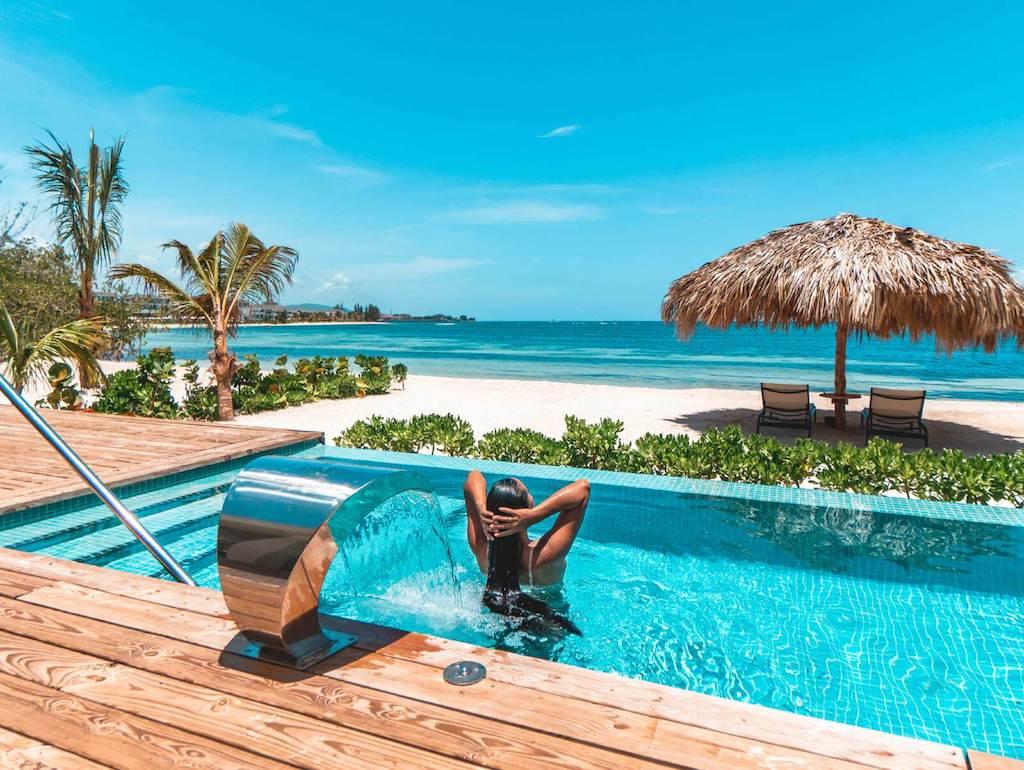EXOB_beach-villas-and-suites-in-montego-bay-jamaica-22