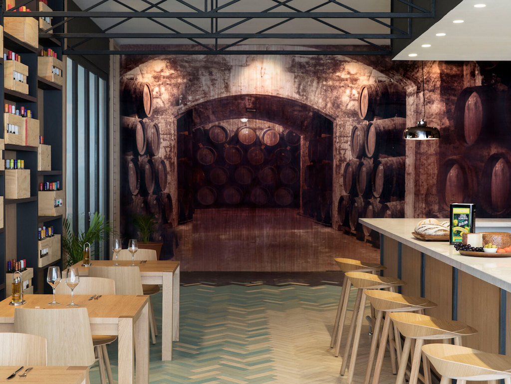 EXOB_flavor-market-restaurant-in-montego-bay-resort
