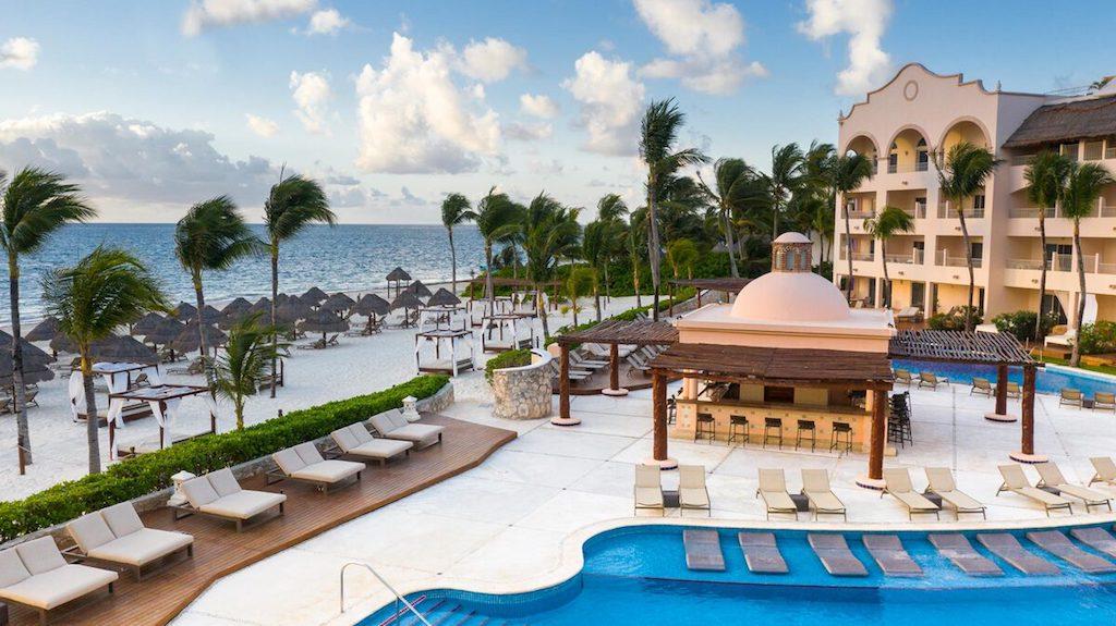 EXRC_riviera-maya-resort-pool