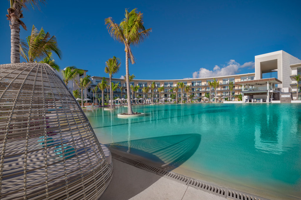 cta_Haven_riviera-cancun-pool-low_orig
