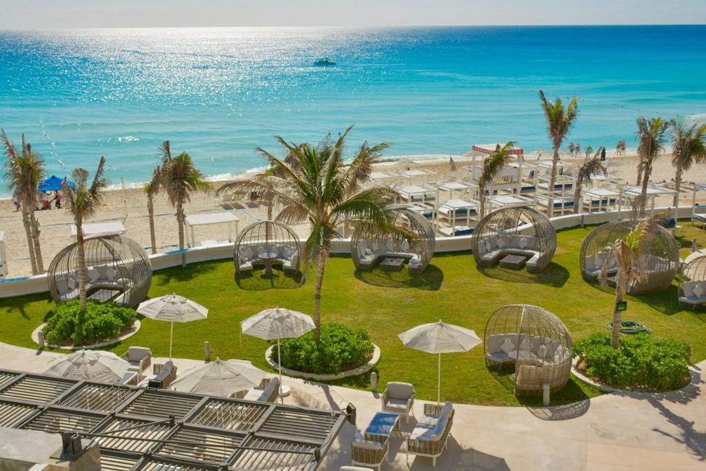 Sandos_Cancun_Bar_Two_02-min