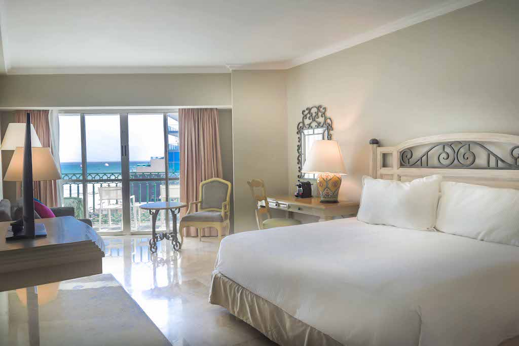 Sandos_Cancun_Rooms_Deluxe_04_0